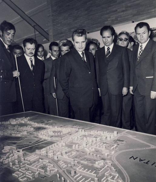 1974, 23 octombrie. Vizita de lucru la o Expozitia de sistematizare a municipiului Bucuresti-AFOR